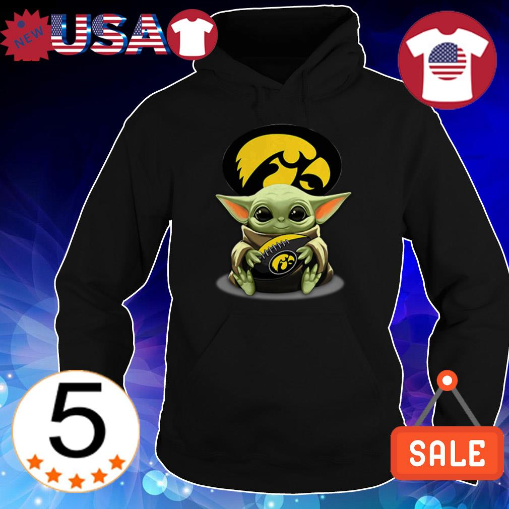 Star Wars Baby Yoda hug Iowa Hawkeyes shirt