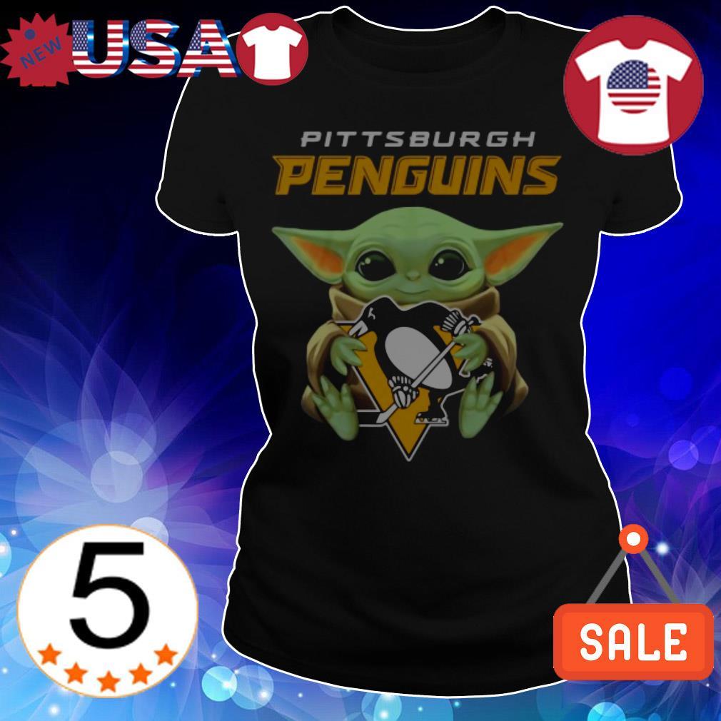 Official Star Wars Baby Yoda hug Pittsburgh Penguins shirt