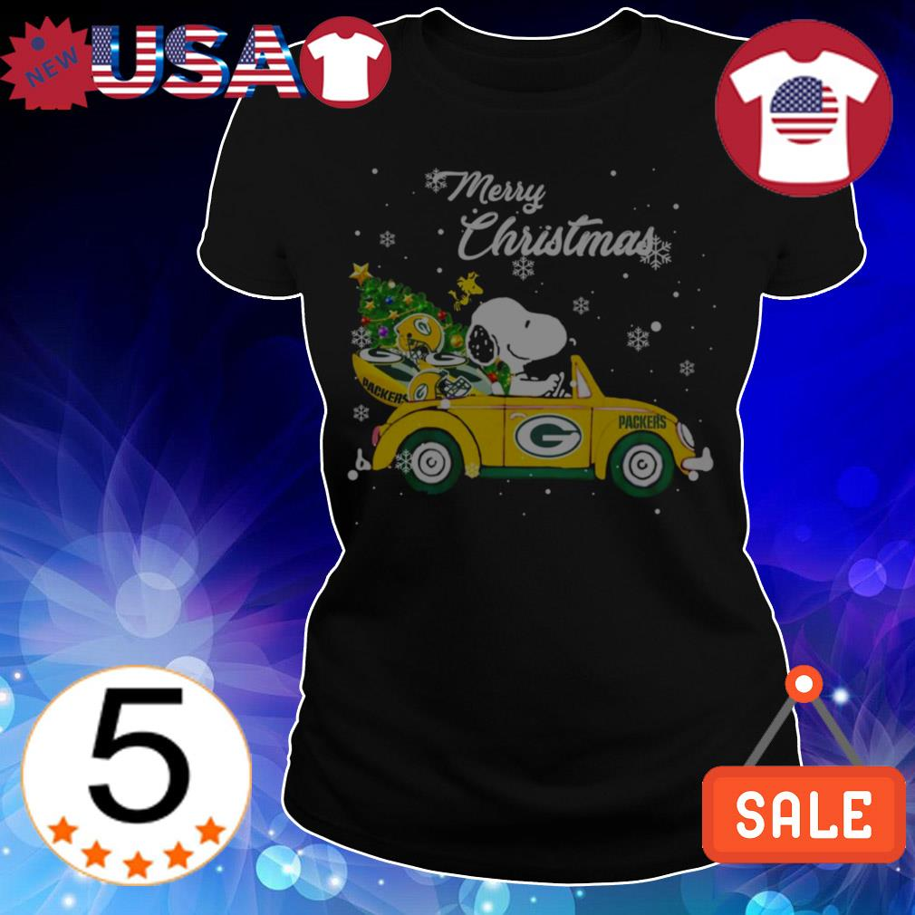 The Peanuts Snoopy driving Green Bay Packers car Merry Christmas sweatshirt