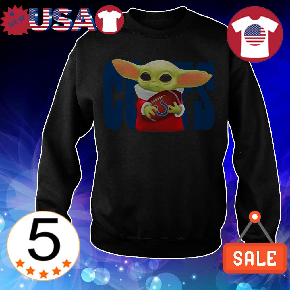 Star Wars Baby Yoda hug Hugindianapolis Colts Christmas sweatshirt
