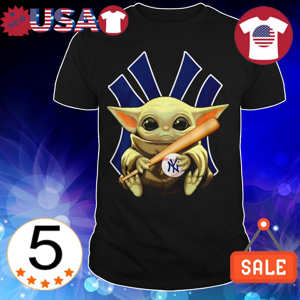 Star Wars Baby Yoda hug New York Yankees shirt