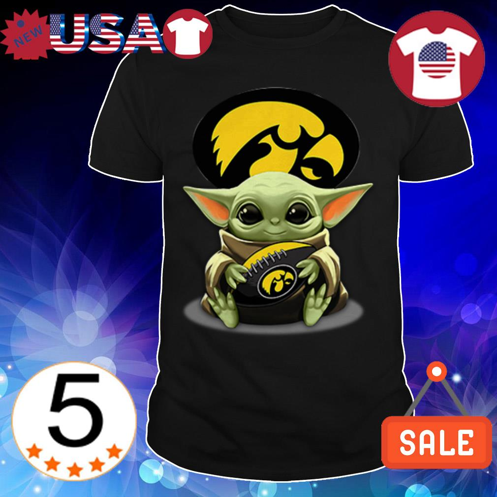 Star Wars Baby Yoda hug Iowa Hawkeyes shirt