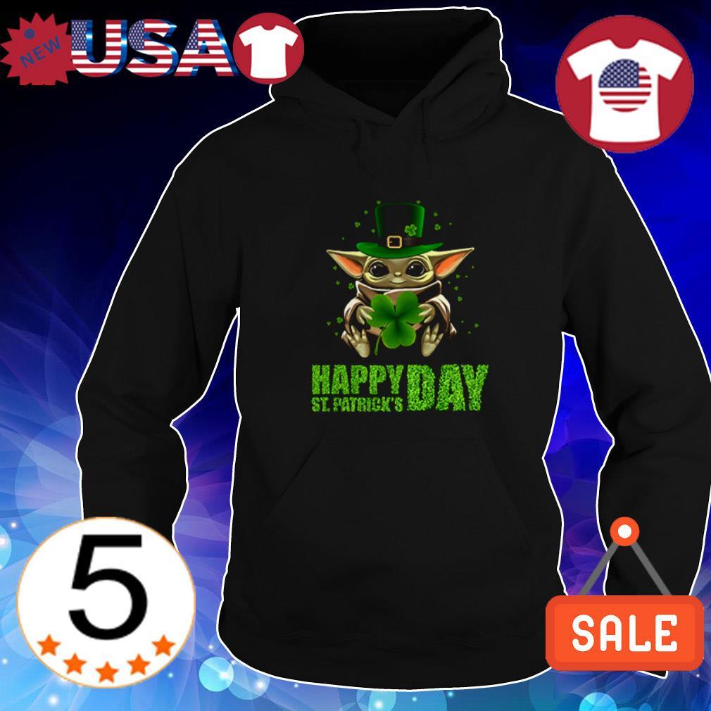 Star Wars Baby Yoda hug Happy St Patrick Day shirt
